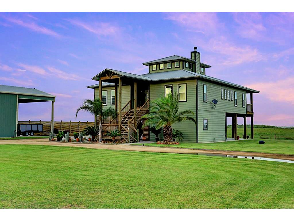 Residential For Sale in 141 Private Road 642, Matagorda, Texas ,77457
