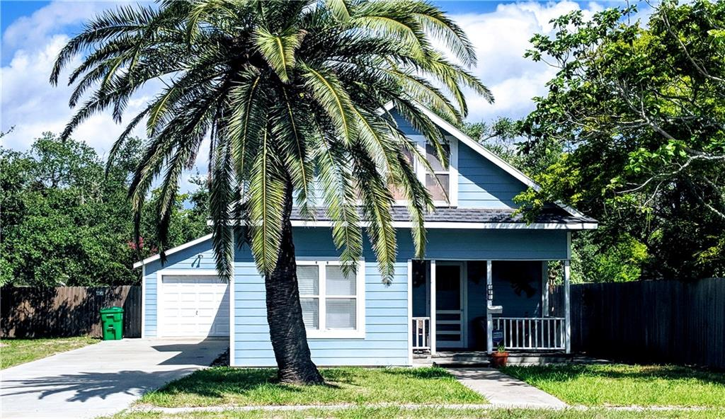 Single Family Home for sale in 620 S Mc Campbell St, Aransas Pass, Texas ,78362