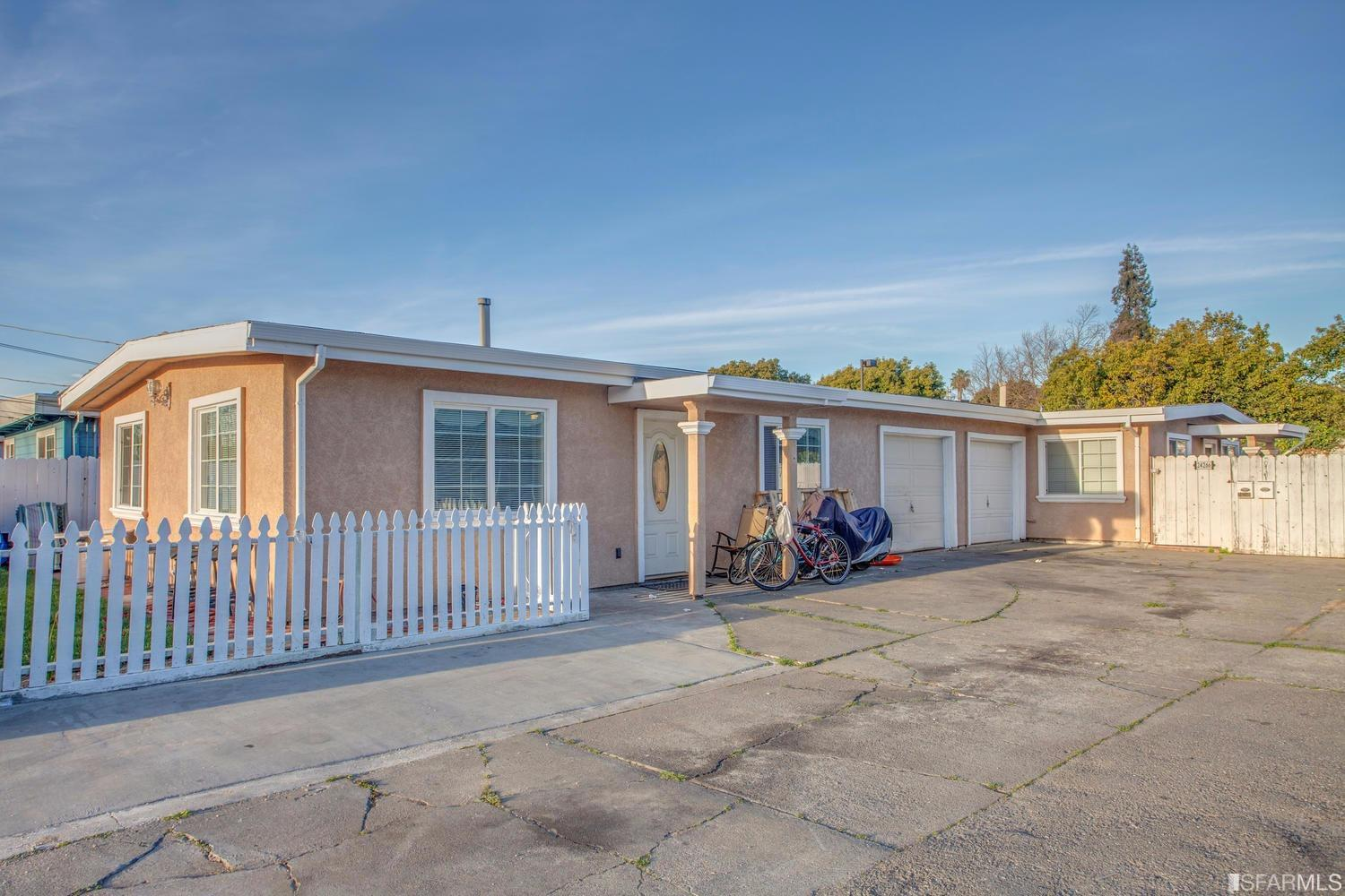 Single Family Home for sale in 24264 24266 MAGNA Avenue, Hayward, California ,94544