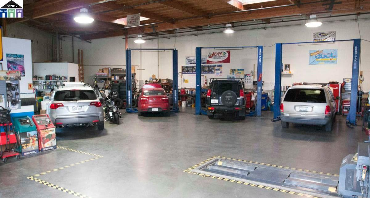 Commercial for sale in 24617 industrial Blvd, HAYWARD, California ,94545