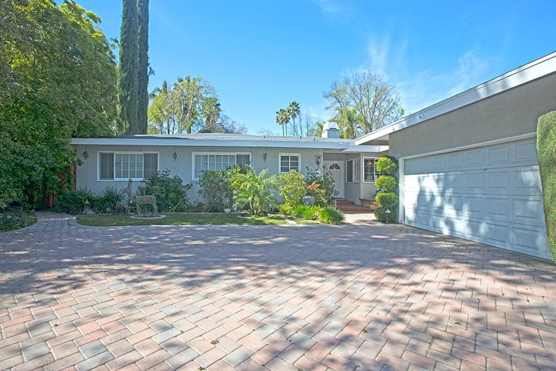 Single Family Home for sale in 5133 Mecca Ave, Tarzana, California ,91356
