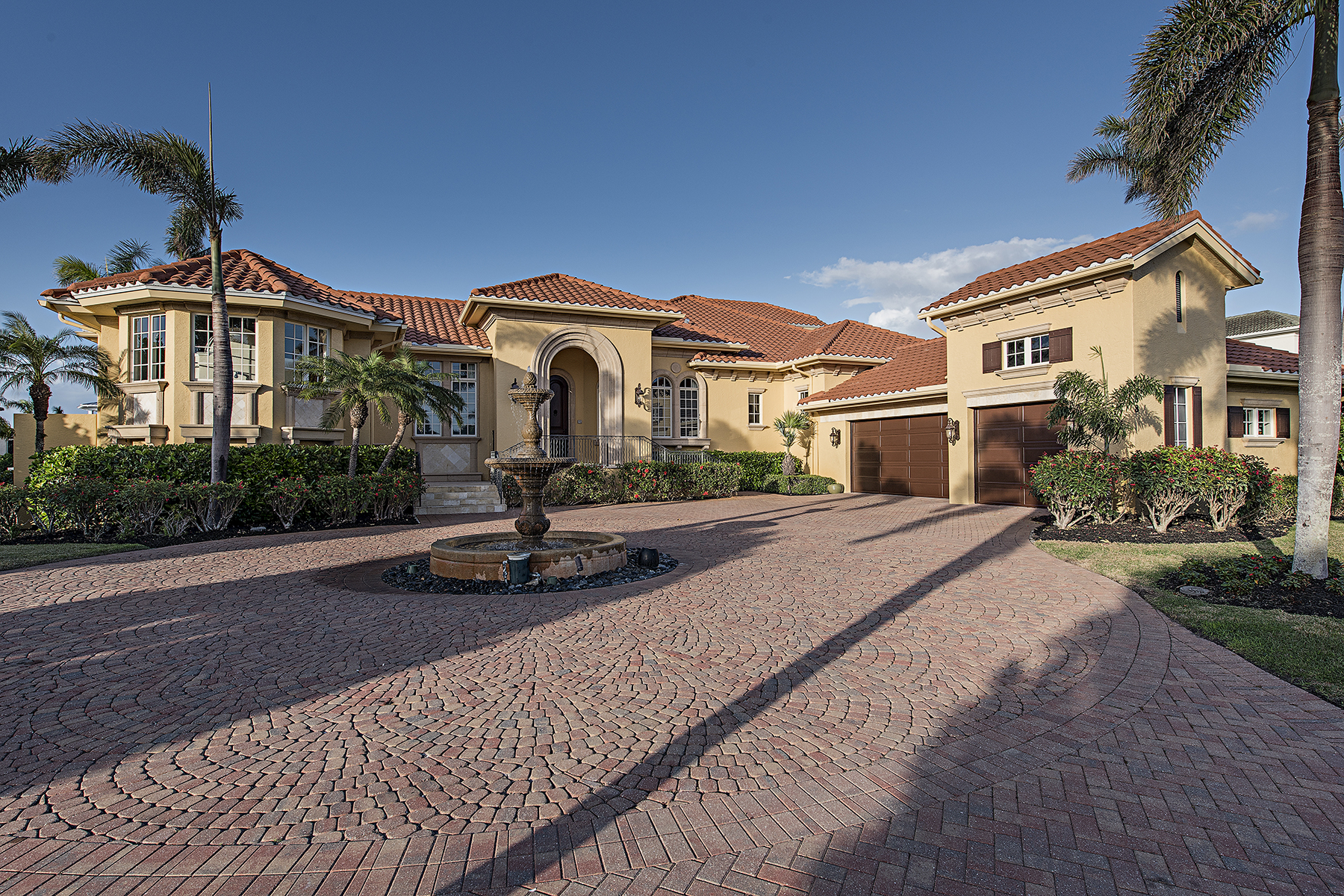 Single Family Home for sale in 1588 Shores Ct, Marco Island, Florida ,34145