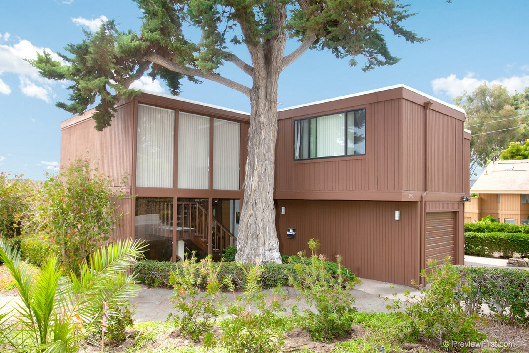 House for sale in 920 & 922 Stratford Ct, Del Mar, California ,92014