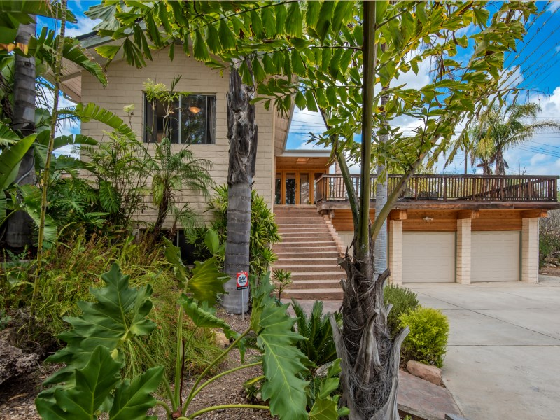 Single Family Home for sale in 1155 El Monte Drive, Thousand Oaks, California ,91362