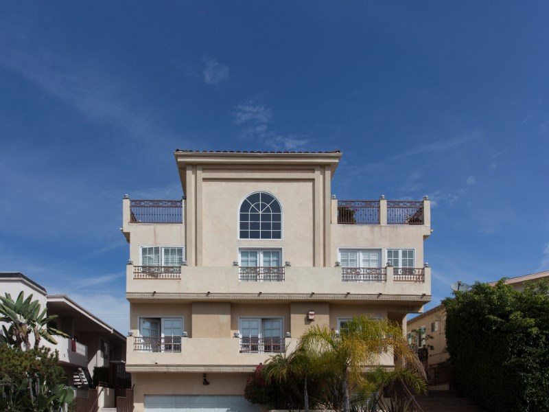 Townhouse/Row House for sale in 11723 Mayfield Avenue #3, Los Angeles, California ,90049