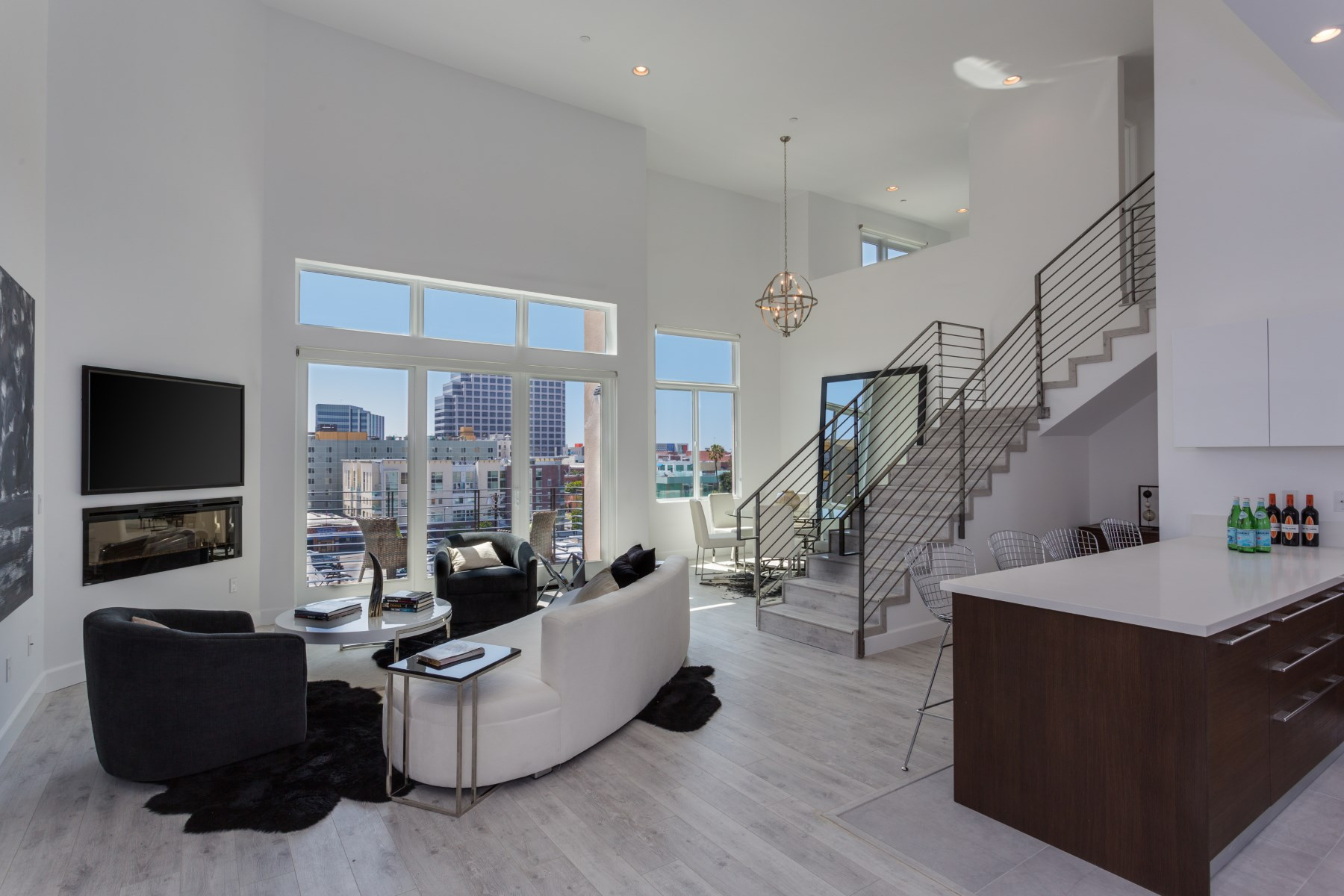 Apartment for sale in 118 South Kenwood Street Unit #402, Glendale, California ,91205