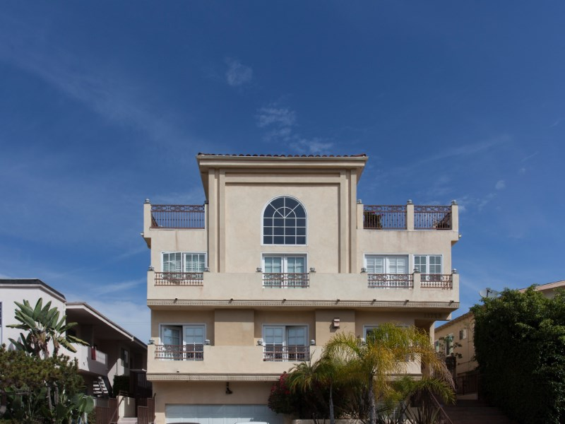 Townhouse/Row House for sale in 11723 Mayfield Ave #3, Los Angeles, California ,90049
