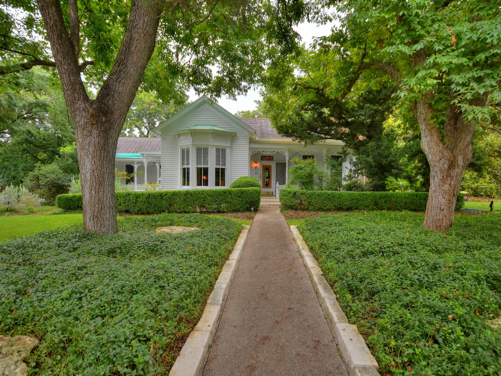 Single Family Home for sale in 581 W Coll, New Braunfels, Texas ,78130