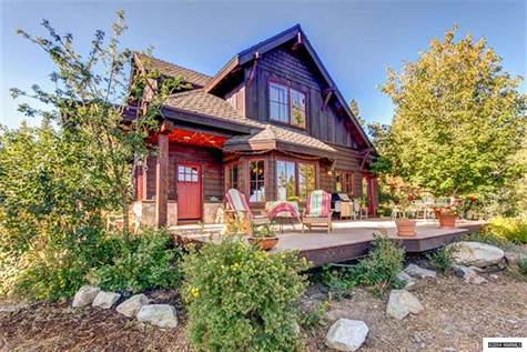 House for sale in 11322 Somerset Drive, Truckee CA, Nevada ,96161