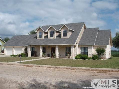 House for sale in 112 PR 4325, Hondo, Texas ,78861
