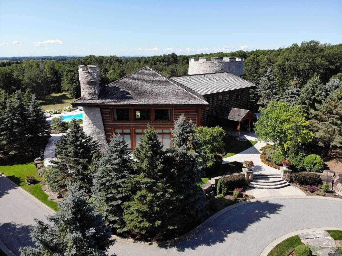 Residential For Sale in 14600 Weston Rd, King, Ontario ,L7B1K4  , Canada