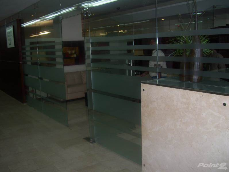 Commercial for lease in Local de renta en la av. Abraham Lincoln,Sto Dgo D.N., Piantini, Distrito Nacional   , Dominican Republic