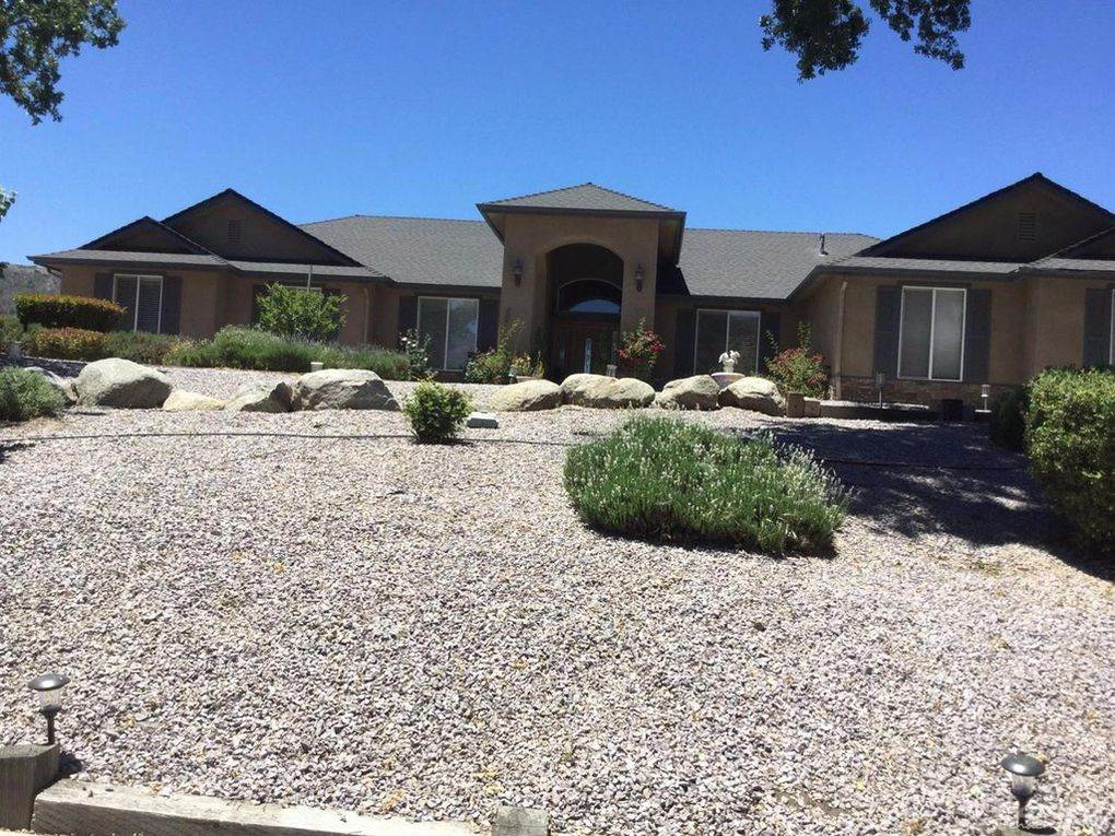 Residential For Sale in 23851 Dart Drive, Bear Valley Springs, California ,93561