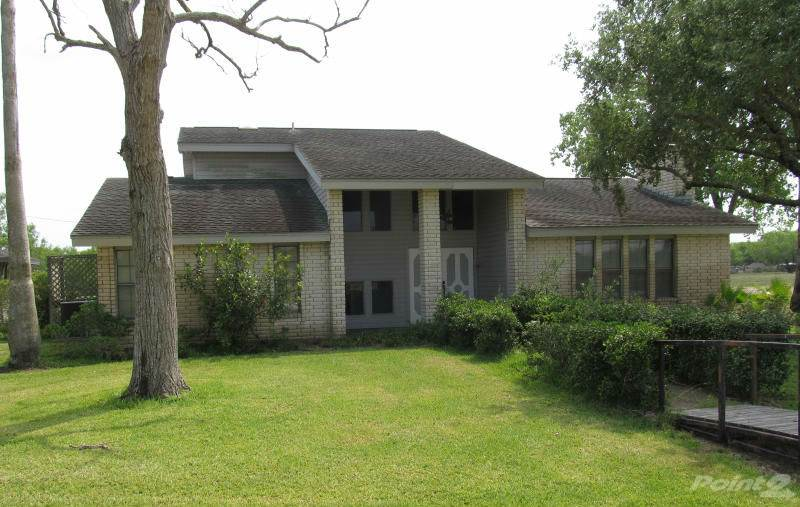 Residential For Sale in 9669 Pvt Rd 468, Mathis, Texas ,78368