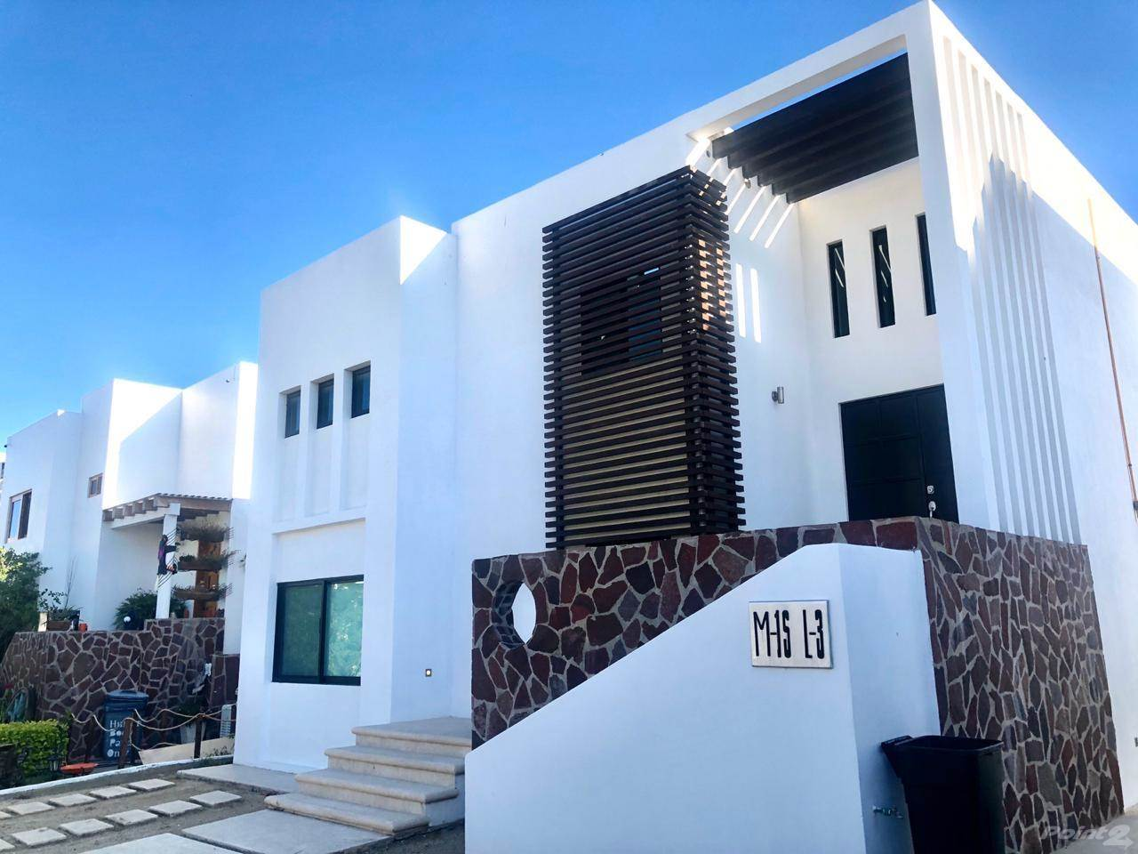Residential For Sale in FOR SALE GREAT HOUSE WITH OCEANVIEW FOR ONLY $230,000 USD., Cabo San Lucas, Baja California Sur ,23400  , Mexico