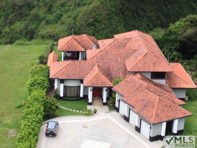 House for sale Dolega, Panama Los Molinos
