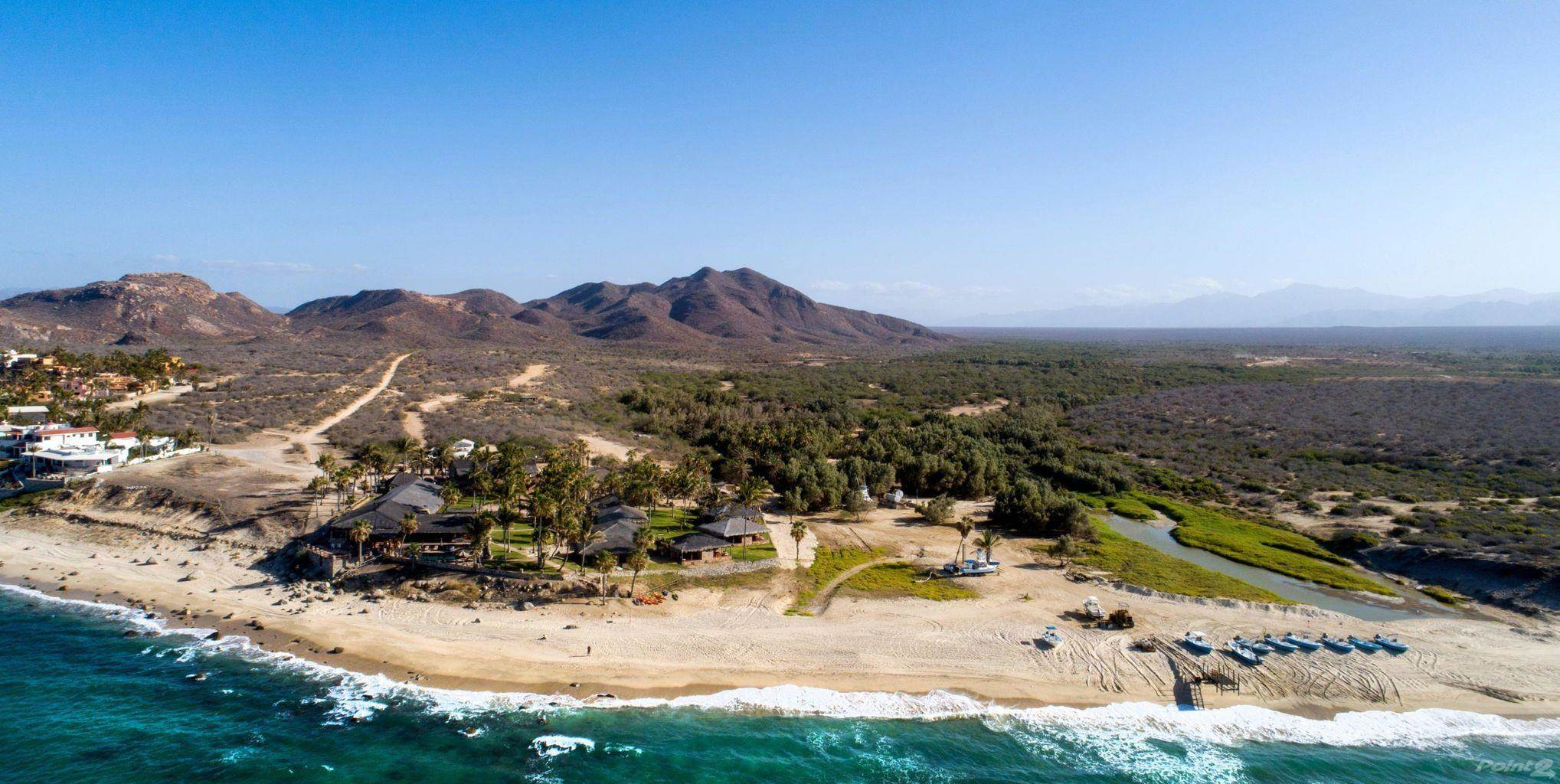 Residential For Sale in ICONIC OCEANFRONT RESORT + 160 ACRE LOT, IN ONE OF THE MOST TRESURED LOCATIONS OF MÉXICO, EAST CAPE, Los Barriles, Baja California Sur ,23300  , Mexico