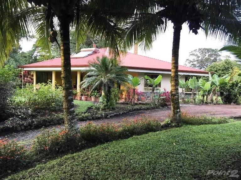House for sale Arenal, Costa Rica Lake View 7 Room Bed and Breakfast With Owner's Home
