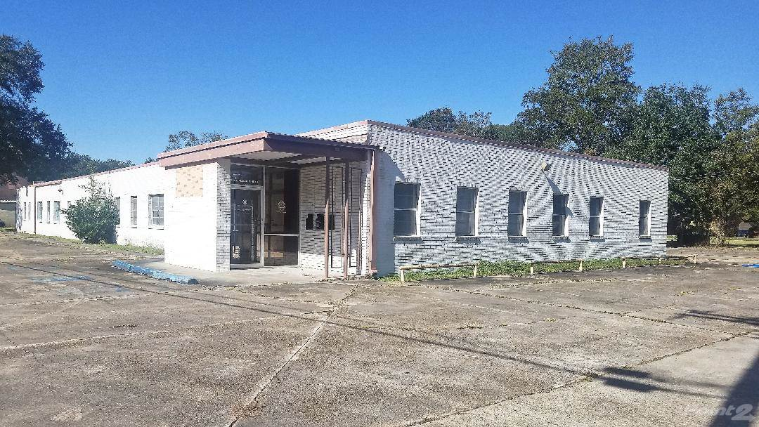 Commercial for sale in 742 Plaquemine Street, Jennings, Louisiana ,70546