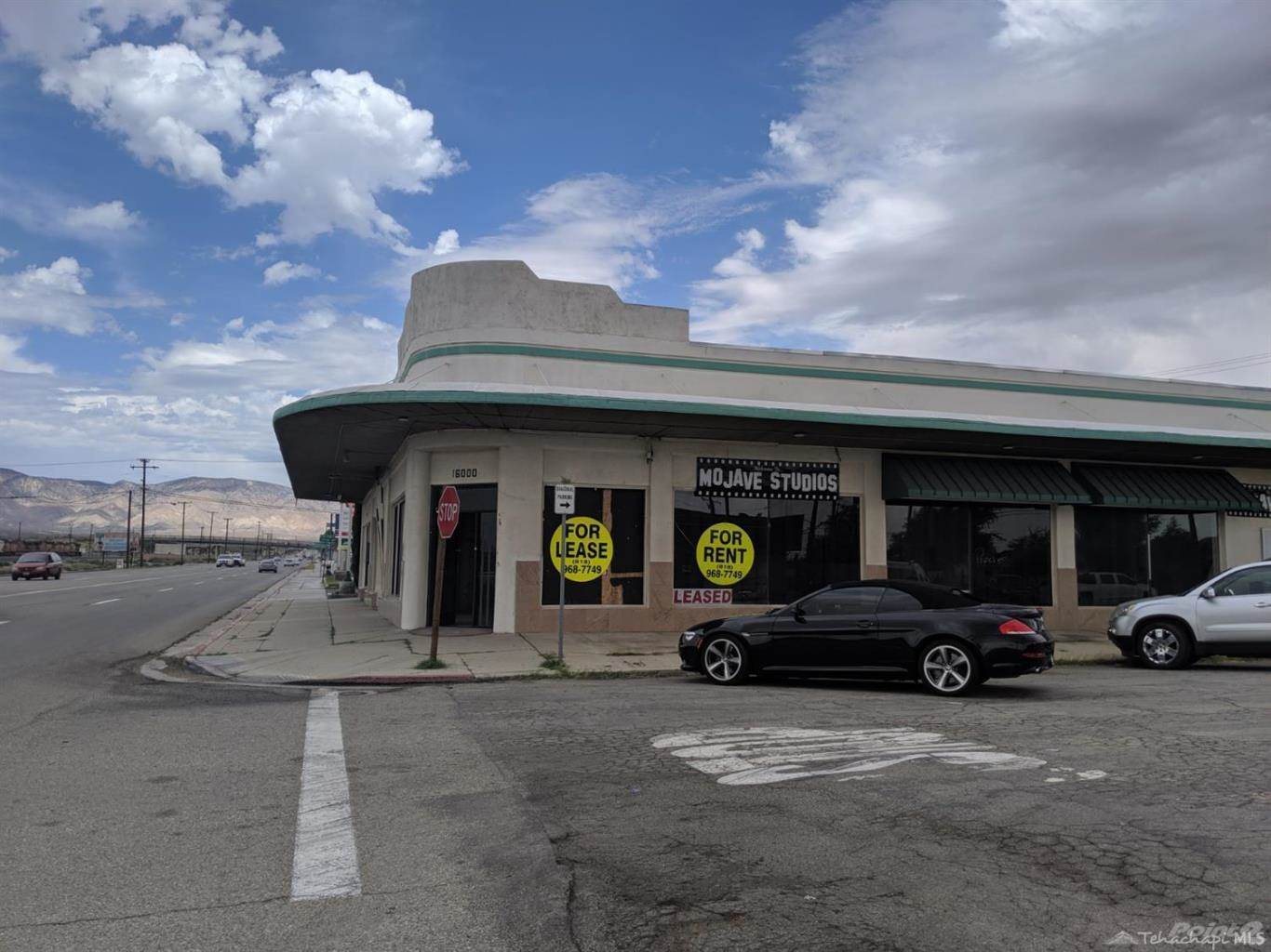 Commercial for sale in 16008 Sierra Highway, Mojave, California ,93501