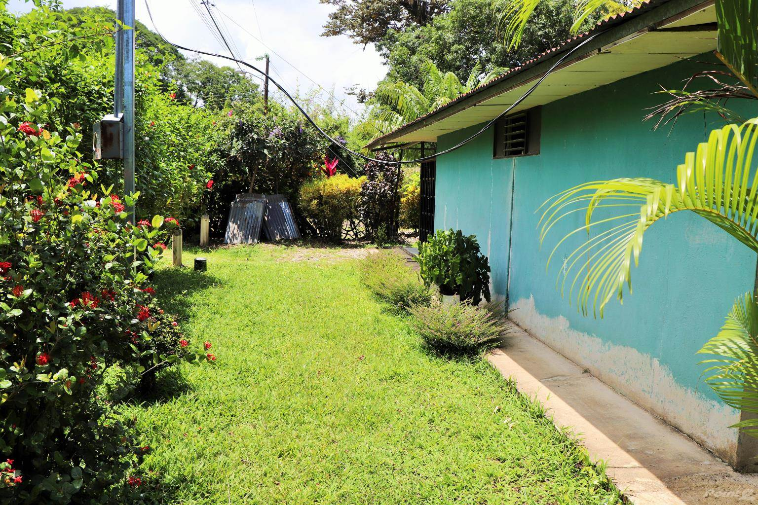 Residential For Sale in ONCE IN A WHILE...we list a real bargain. This is it!, Tres Rios, Puntarenas ,60501  , Costa Rica