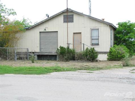 Commercial For Sale in 102 West Pecan, Mathis, Texas ,78368