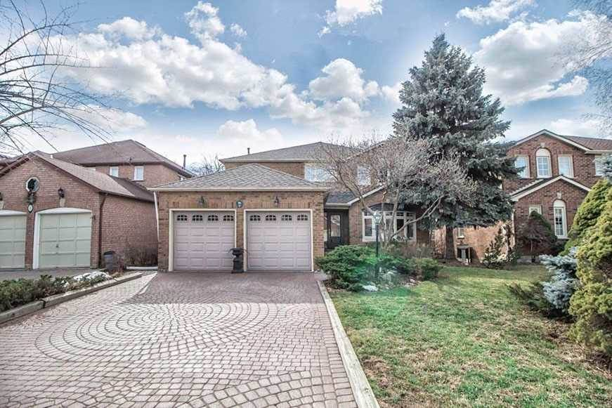 Residential For Rent in 9 Long Island Cres, Markham, Ontario ,L3P7M3  , Canada