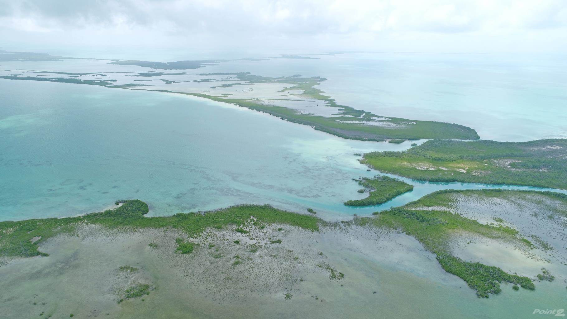 Residential For Sale in 1.5+ Miles Beachfront Hick's Caye, Cayes, Belize ,99999  , Belize