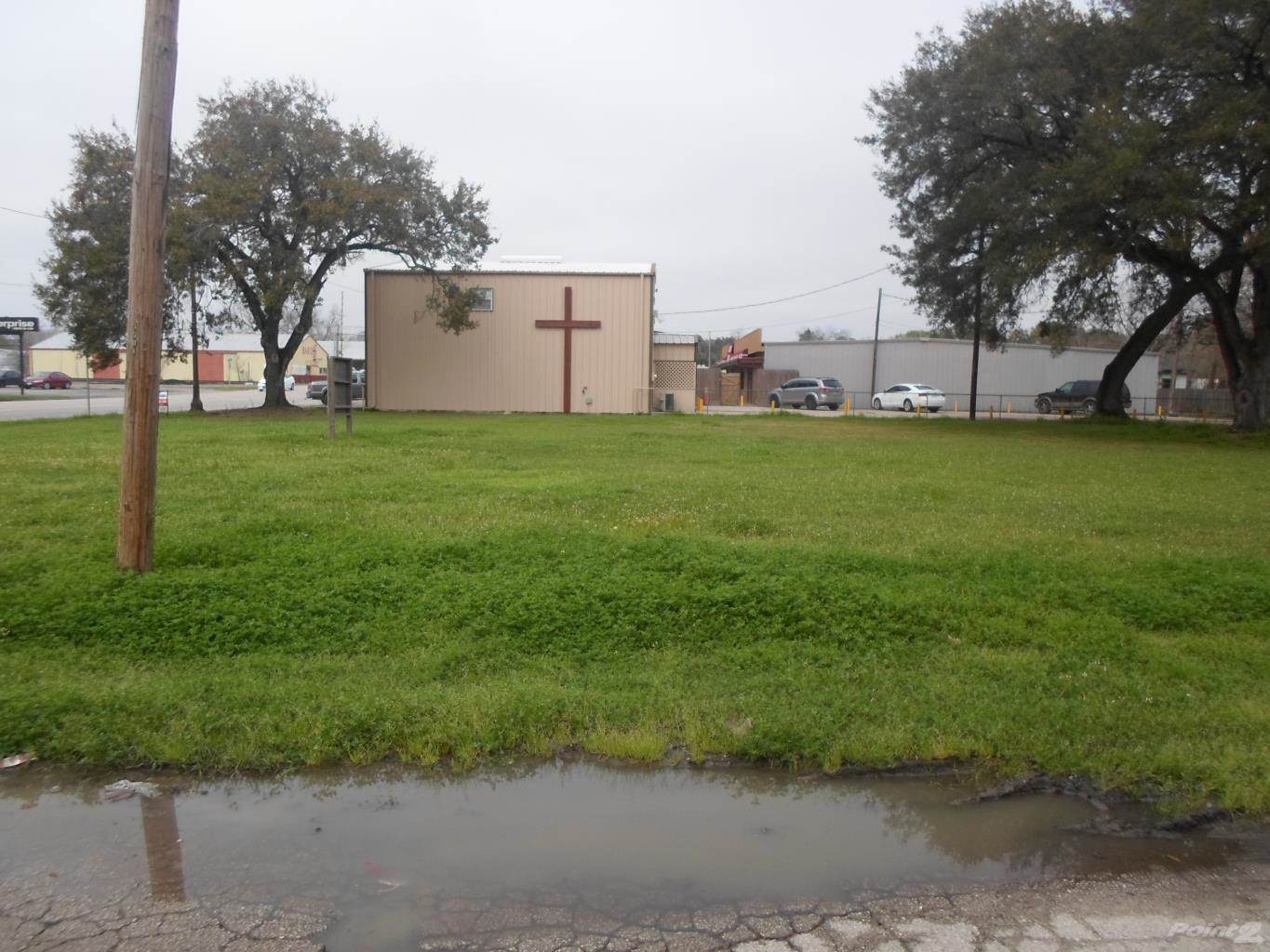 Commercial for sale in 2712 Ave F, Bay City, Texas ,77414