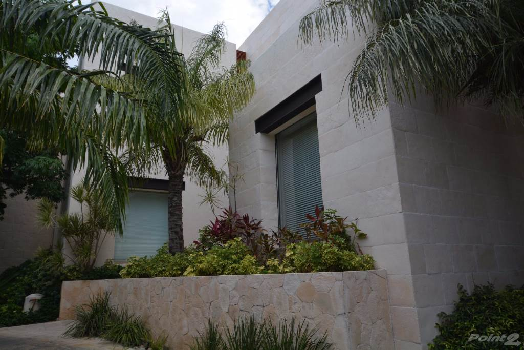 House for sale Cancun, Mexico Luxury House for sale in Cancún downtown, Puerto Cancun