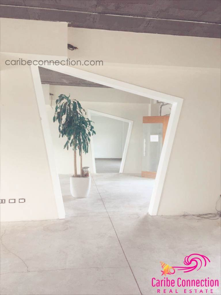 Commercial for lease in 50 M2 OFFICE SPACE FOR RENT IN PUNTA CANA VILLAGE, Punta Cana, La Altagracia ,23000  , Dominican Republic