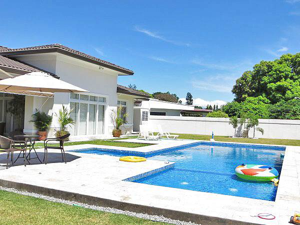 Residential For Sale in Luxury Estate Home with Swimming Pool in David, Panama, David, Chiriquí   , Panama