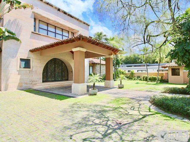 Residential For Sale in Altos Del Golf, Calle 81, Panamá, Panamá   , Panama