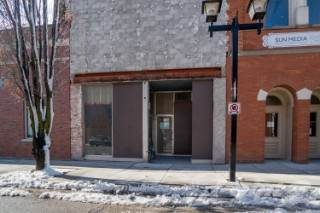 Commercial for lease in 138 King St W # 104, Chatham, Ontario ,N7M 1E3  , Canada