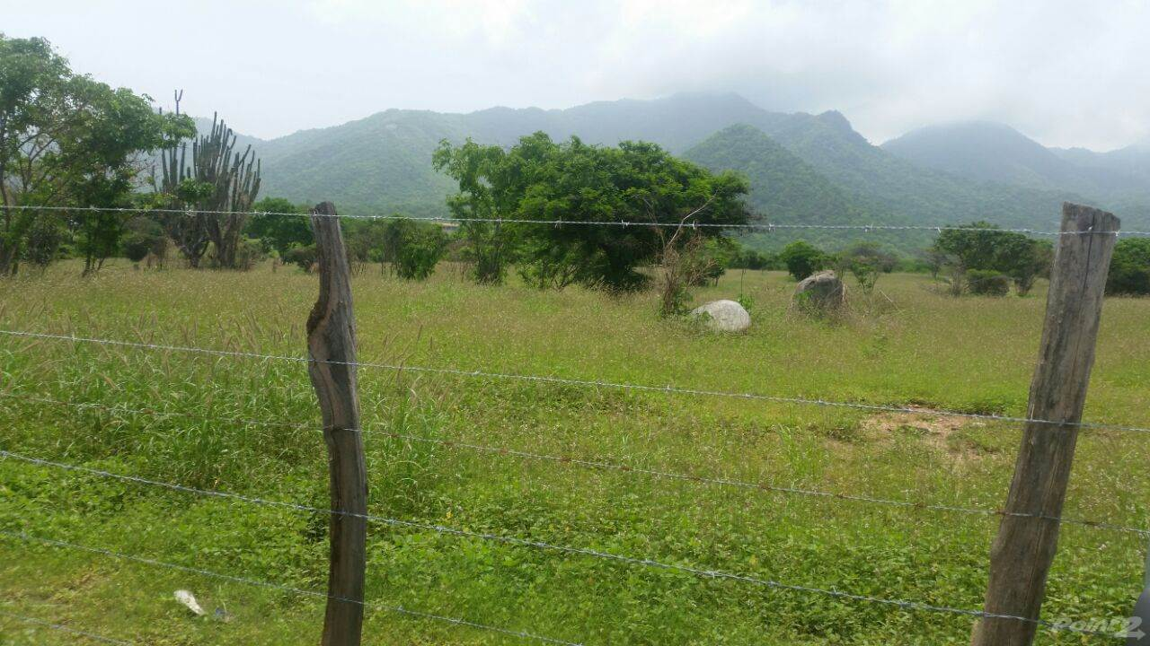 Residential For Sale in En venta lote de terreno ideal para construir proyecto urbanístico, Santa Marta, Magdalena ,470007  , Colombia