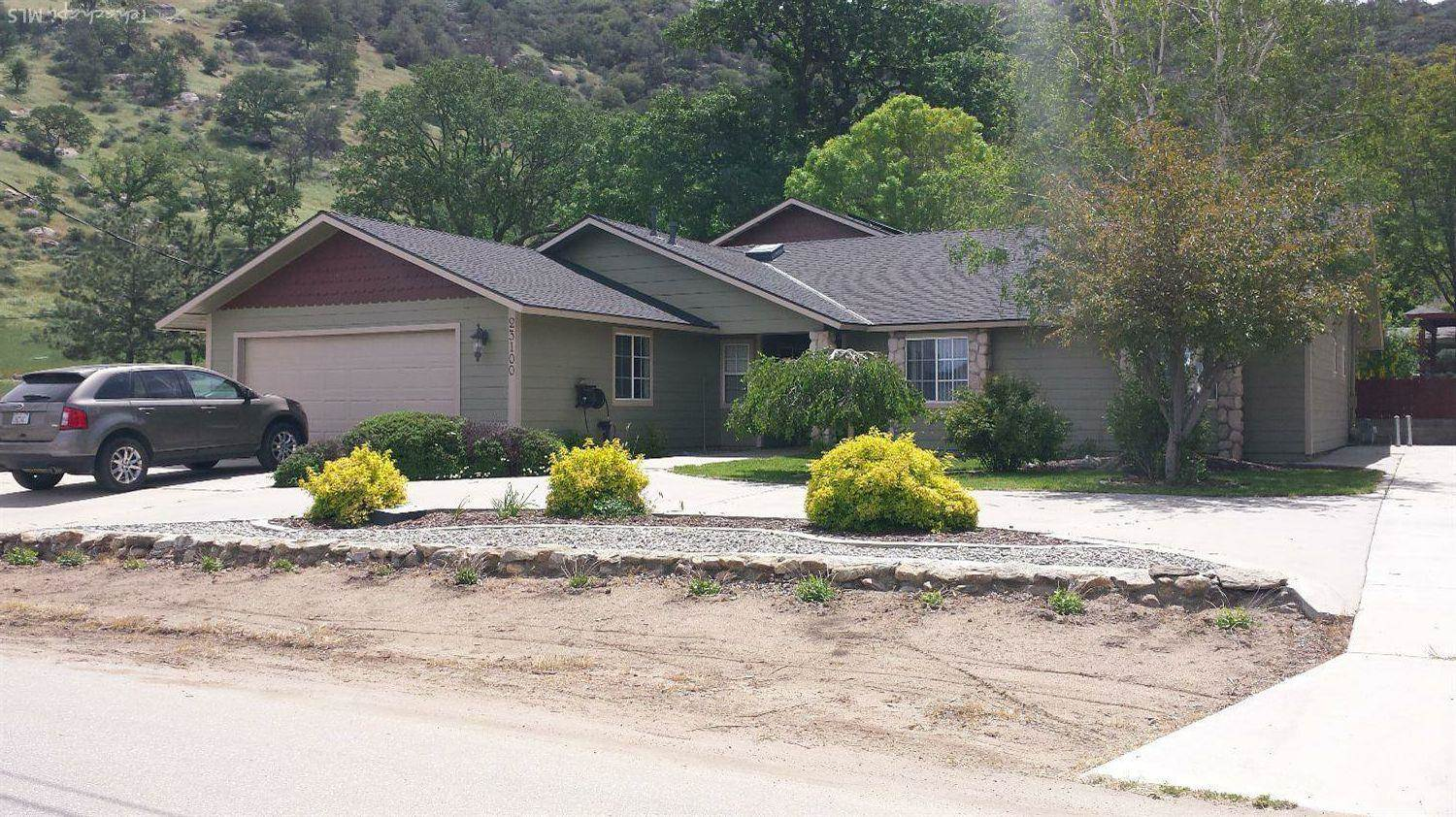 Residential For Sale in 23100 Homestead Way, Bear Valley Springs, California ,93561