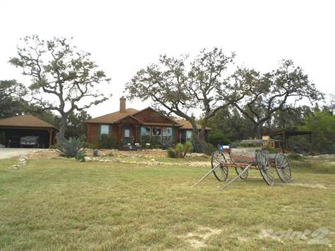 Farms & Ranches for sale in 484 Buena Vista Lane, Bandera, Texas ,78003