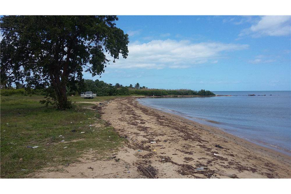 Residential For Sale in Commerce Bight, Commerce Bight Village, Stann Creek   , Belize