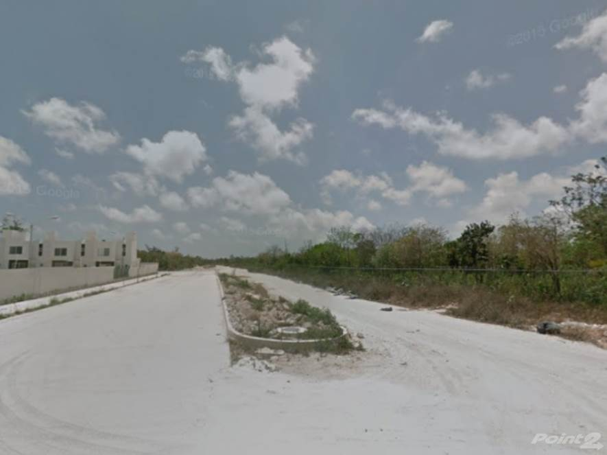 Residential For Sale in Remate terreno de uso mixto en Alfredo bonfil, Cancun, Quintana Roo ,77500  , Mexico
