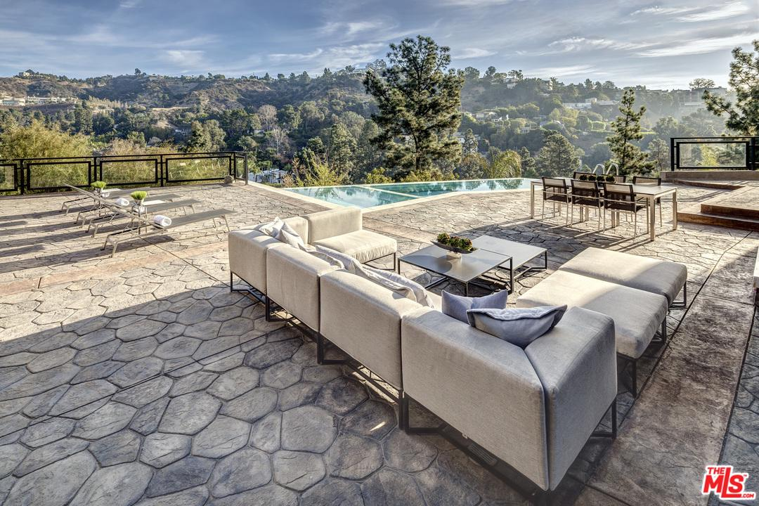 Single Family Home for sale in 1293 MONTE CIELO Drive, Beverly Hills, California ,90210