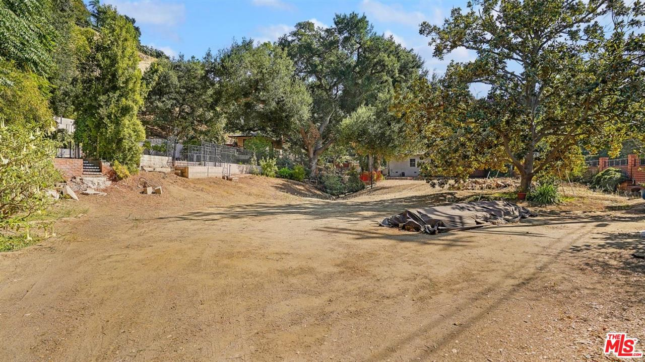 Land for sale in 3274 OAKDELL Road, Studio City, California ,91604