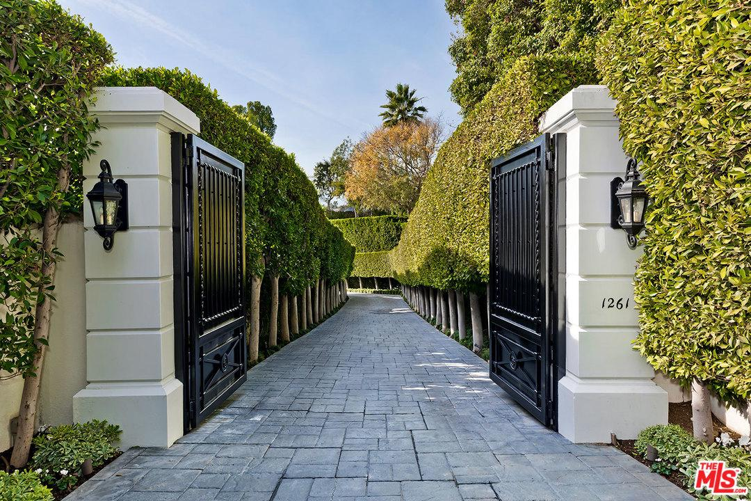 Single Family Home for sale in 1261 TOWER GROVE Drive, Beverly Hills, California ,90210