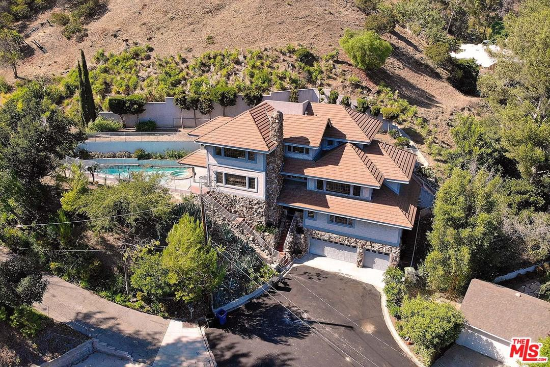Single Family Home for sale in 9819 CURWOOD Place, Beverly Hills, California ,90210