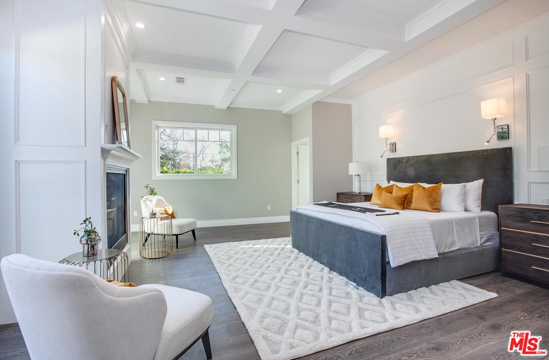 Single Family Home for sale in South 356 WESTGATE Avenue, Los Angeles (City), California ,90049