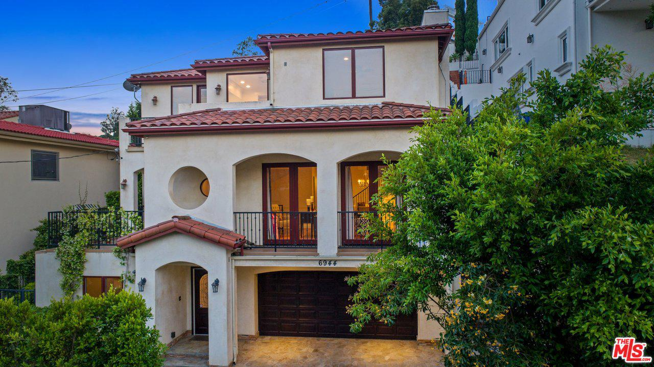 Single Family Home for rent in 6944 WOODROW WILSON Drive, Los Angeles (City), California ,90068