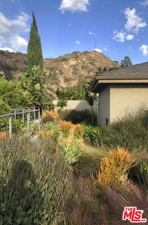 Single Family Home for sale in 3026 PAULCREST Drive, Los Angeles (City), California ,90046