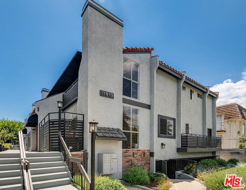 Townhouse/Row House for sale in 11610 MOORPARK Street, Studio City, California ,91602