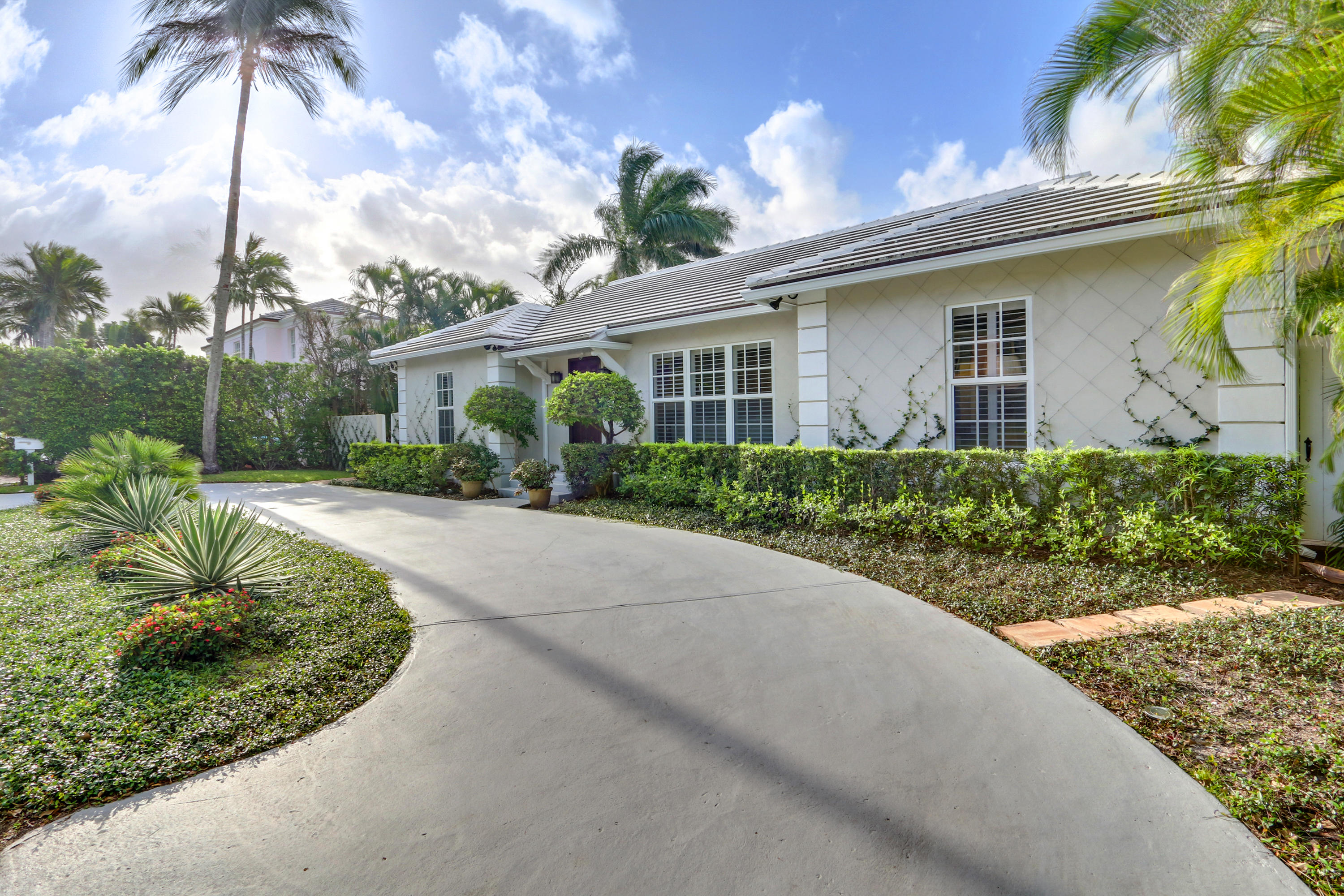 Single Family Home for sale in 250 Queens Lane, Palm Beach, Florida ,33480