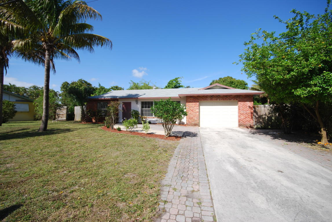 Single Family Home for sale in 1725 Boardman Avenue, Mangonia Park, Florida ,33407