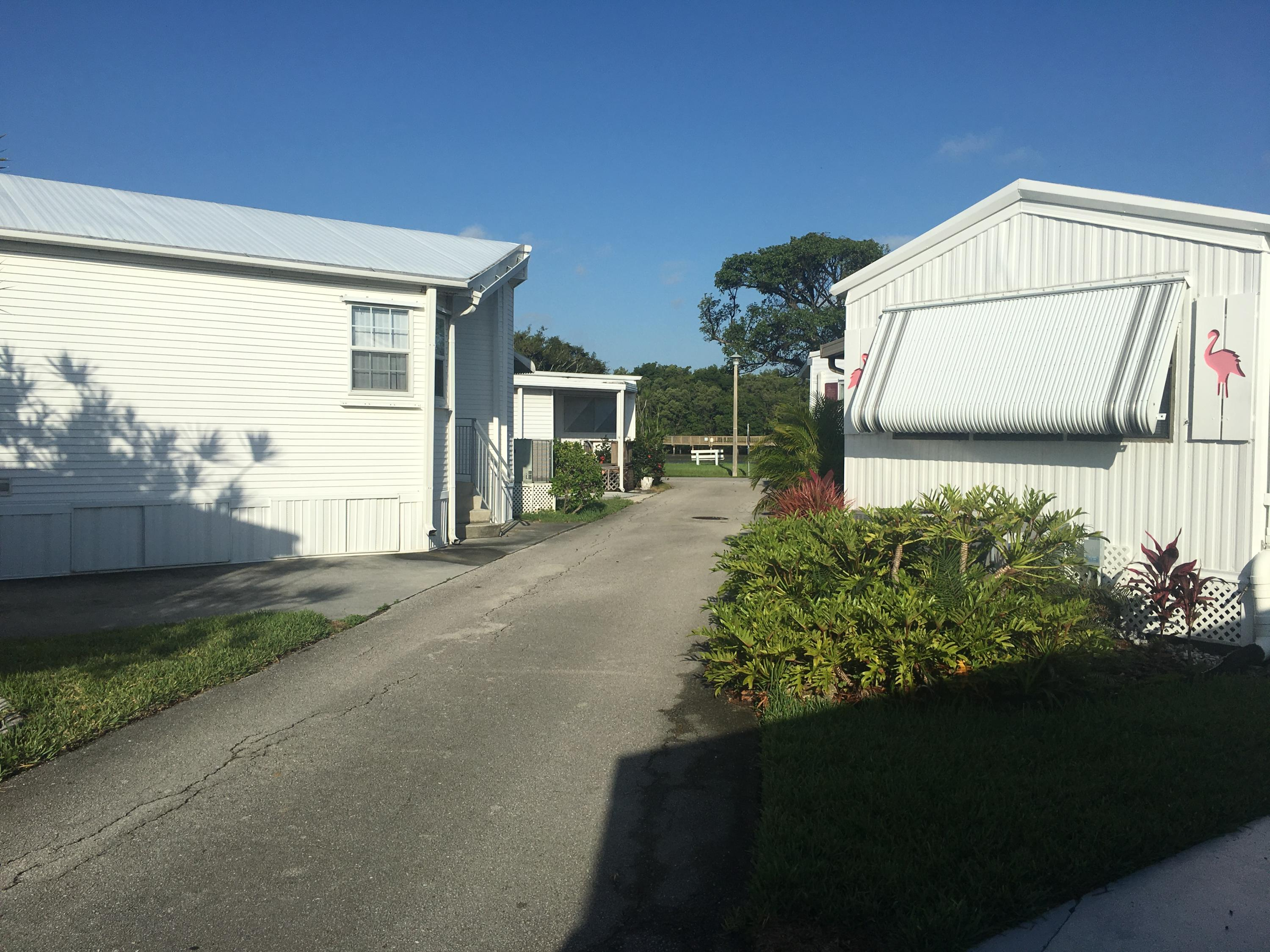 Manufactured/Mobile for sale in 210 Eagle Drive E, Briny Breezes, Florida ,33435